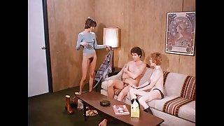Teenage twins (1976) - Blowjobs & Cumshots Cut